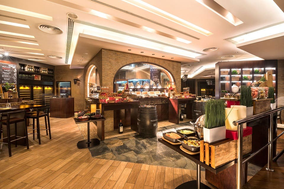 "Oryx Rotana Unveils ""the Cellar's"" New Innovative Menu"