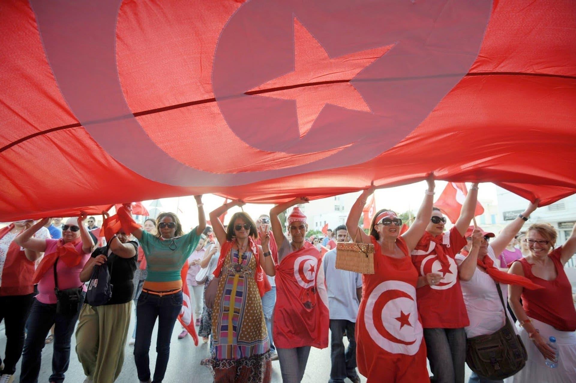 6 مرشحين لرئاسة الحكومة التونسية