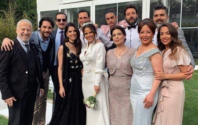 إجلاء نجوم (عروس بيروت) من تركيا و أحد النجوم في الحجر الصحي