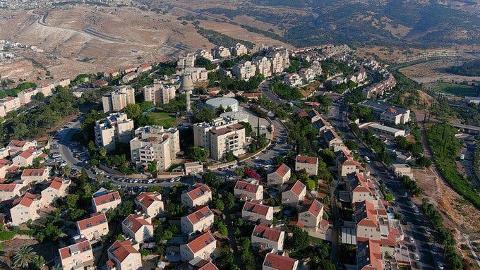 Israeli Settlers Attempt to Build 15 Outposts in Occupied West Bank Territory