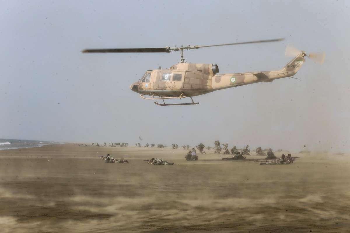 مناورة عسكرية للجيش الإيراني