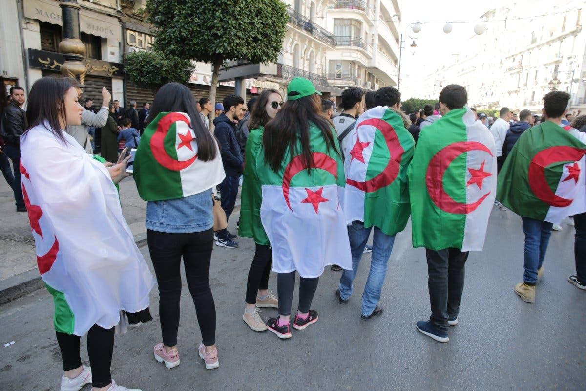 الجزائر بانتظار جمعة محورية    البوابة