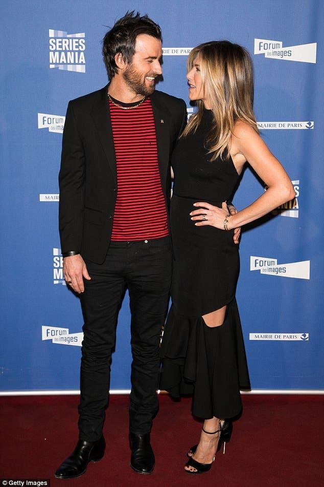 Jennifer Aniston Is Keeping Her $500k Diamond Engagement