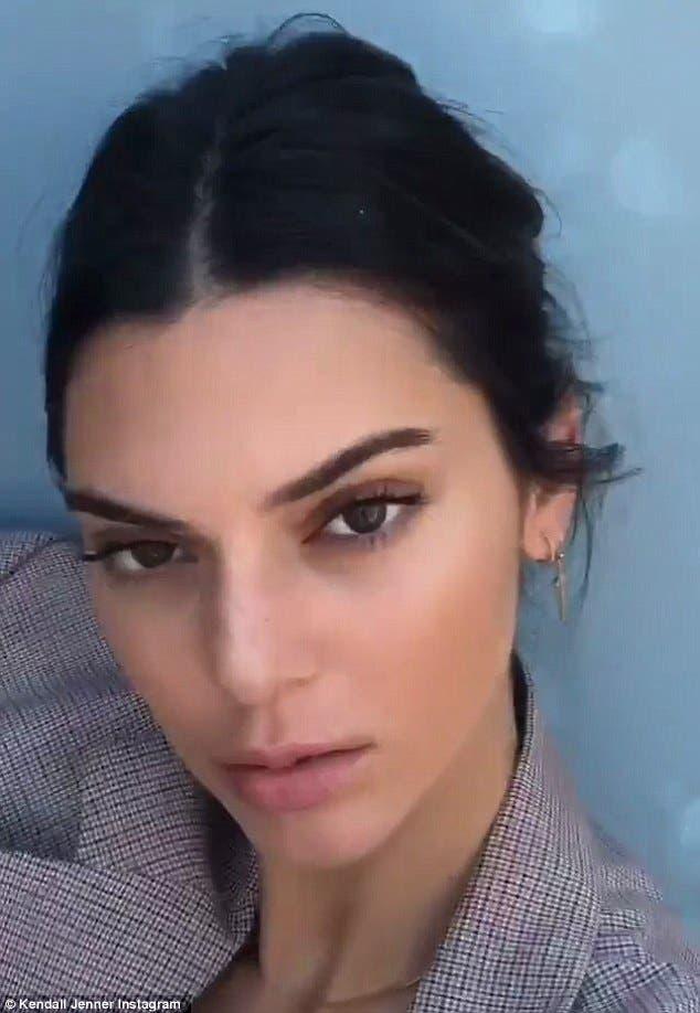 Kendall Jenner Flashes New Tattoo Al Bawaba