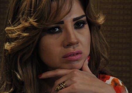 بالصور: رانيا فريد شوقي بوزن زائد و إطلالة غير موفقة