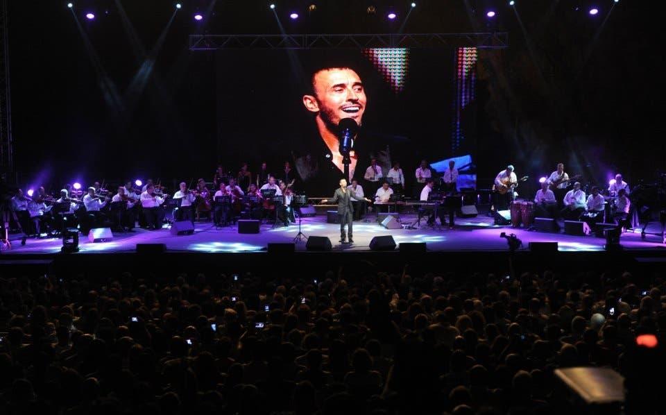 Kadim al Sahir at his concert in Byblos, Lebanon.
