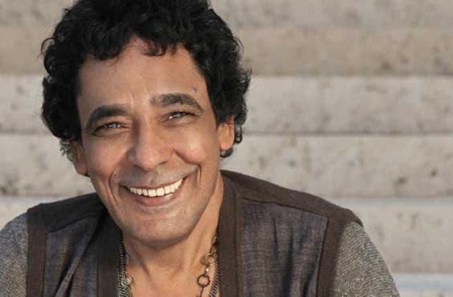 Mohamed Mounir single but not yet ready to mingle.