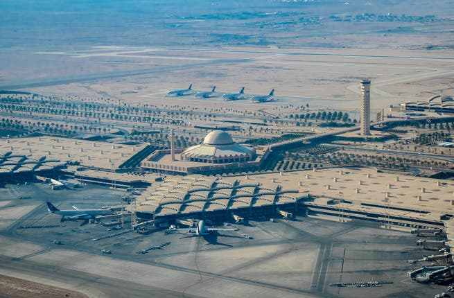 Hochtief Lands 1 46b Contract For Riyadh Airport Refurb