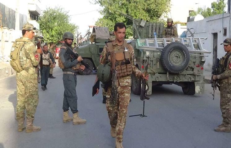 """استسلام زعيم بارز من """"داعش"""" مع عشرات من مقاتليه للقوات الأفغانية   البوابة"""