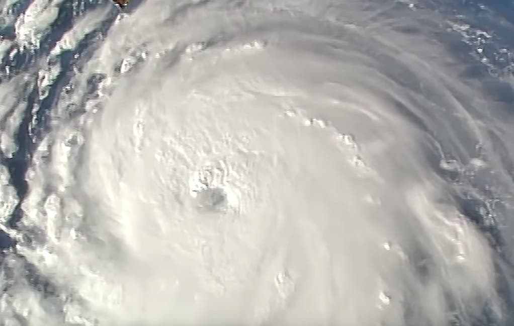اعصار فلورنس المدمر