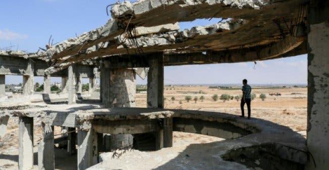 مطار غزة شاهدا على تحطم حلم السلام بعد أوسلو