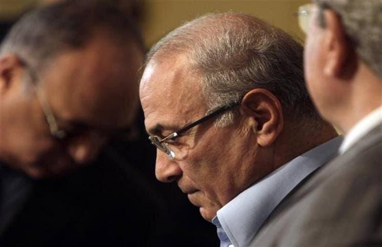احمد شفيق ينفي اعتقاله وترحيله من الامارات او اختطافه عند وصوله للقاهرة   البوابة