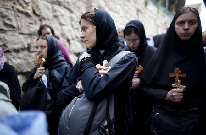 Jerusalem prevails: in spite of hardship on Good Friday for pilgrims who were hassled by Israeli security, Armenian, Greek, Coptic and Syrian Orthodox Christians from all over the world participated since early Saturday in celebrations in the streets of the Old City.