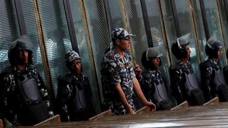 الاتحاد الأوروبي يندد بأحكام إعدام 75 شخصا بمصر