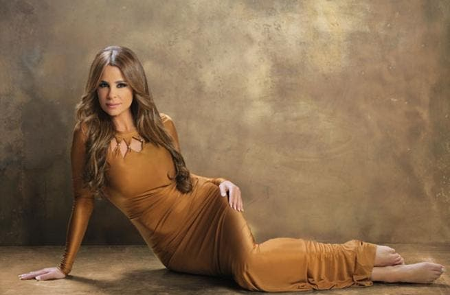 Carole Samaha tops Tamer Hosny with the number one record