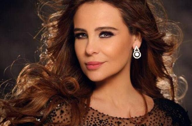 Carole Samaha smoked the screen of
