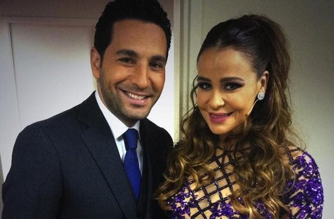Carole Samaha posing backstage with Dancing With the Stars show host Wissam Breidy (Image: Twitter)