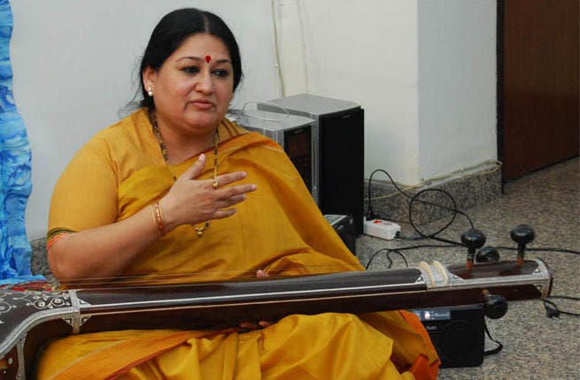 Shubha Mudgal the vocals and plays the tanpura.