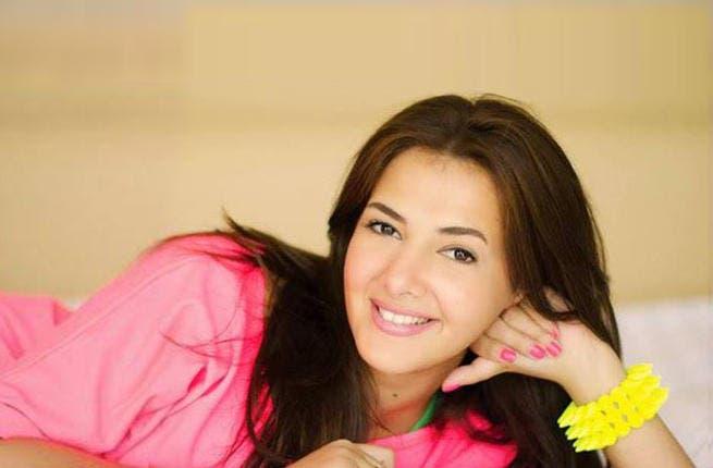 Donia Samir Ghanem dans Egypte _Donia_Samir_Ghanem_second_song_fbook_2