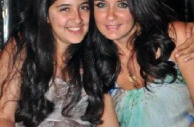 Ghada Adel pictured with her daughter