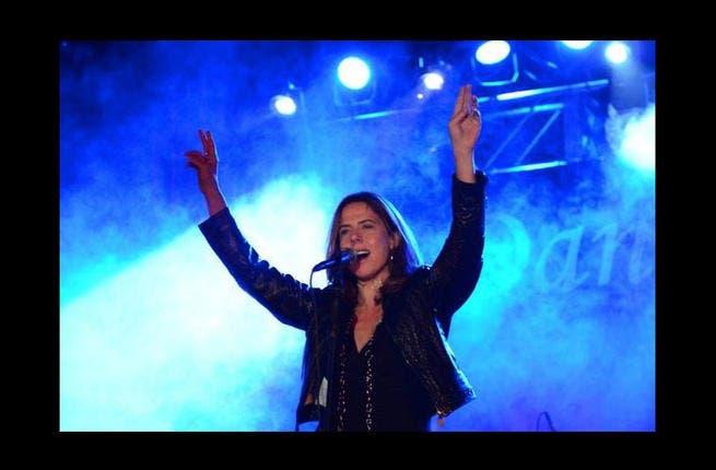 Mary McBride knows how to rock the house! (Image: www.marymcbride.com)