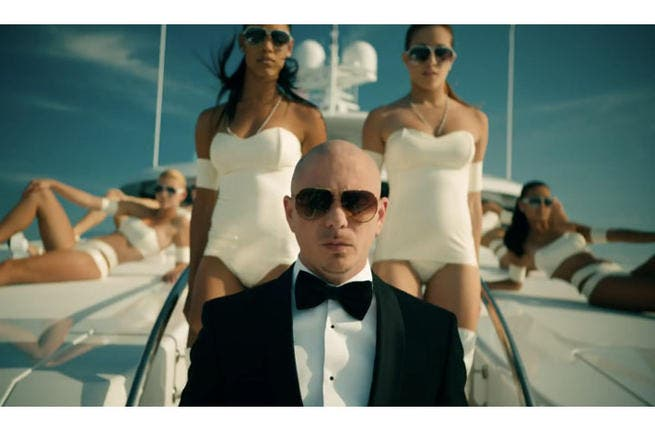 Mr. Worldwide ridin' on a boat (Image: Facebook)