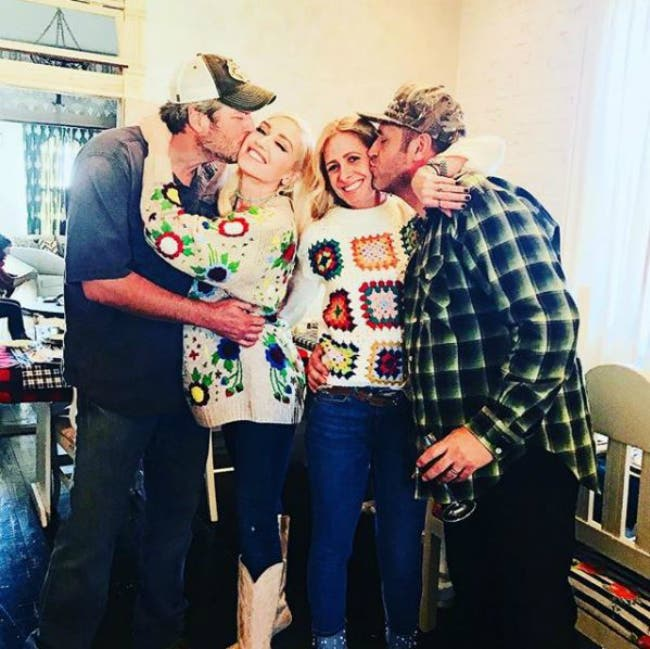 Gwen Stefani and Blake Shelton Enjoy Fun Oklahoma Thanksgiving