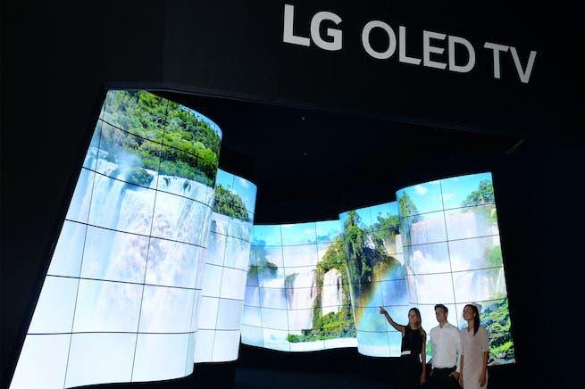ال جي تعلن عن أول تلفزيون OLED 8K في العالم   البوابة