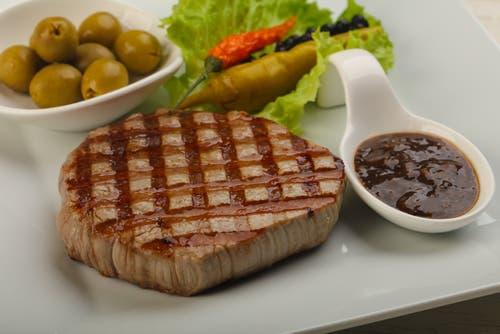 - Steak d espadon grille sauce combava ...