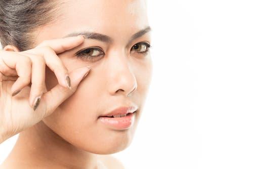 تظهر علامات التعب على وجهك ويُمكن قراءتها بشكل واضح