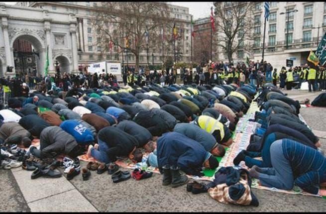 http://www.albawaba.com/sites/default/files/im/Ramadaniat/Dutch-Muslims.jpg