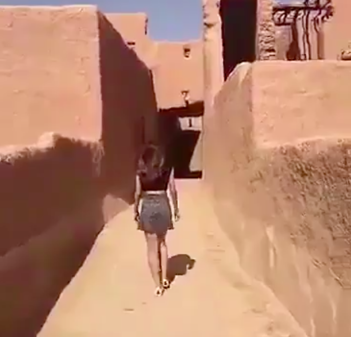 arab girls legs