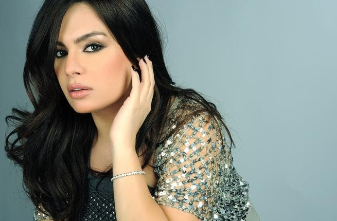 After a 4-month stint in America during which she was married, Lebanese singer Rita Butros returned to Lebanon to shoot her new music video, Lamouni.