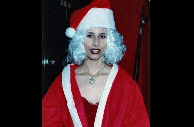 Aisha, his only daughter, the apple of his eye: There's nothing he wouldn't present her with, though it seems she's quite