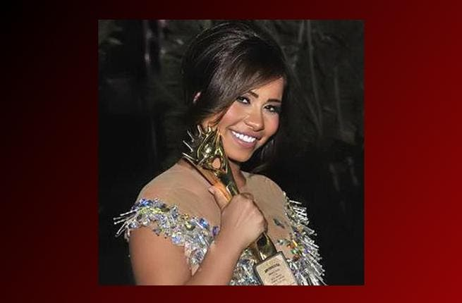 She was the Cinderella of the awards ceremony, running off before midnight with a dress made of pieces of glass but Sherine Abd al Wahab managed to keep reporters waiting for nearly four hours beforehand! A little more princess than scullery maid.