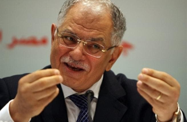 Tunisian Foreign Minister Kamel Morjane addresses a preparatory meeting for the upcoming second Arab Economic Summit.