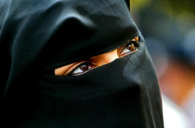 Until now, eye exposure was still an option for Saudi 'niqab'd' women. This may no longer be so as the authorities clamp down on 'seductive' eyes.