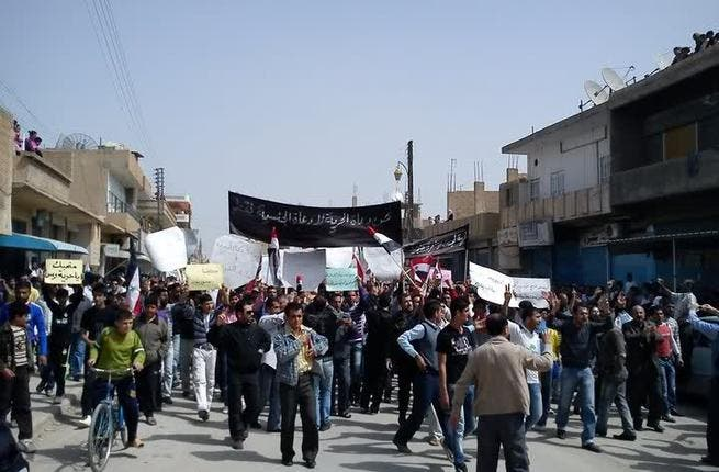 Qamishli: Hundreds partake in Good Friday rally in this Kurdish town mixed with Muslim and Christian communities.