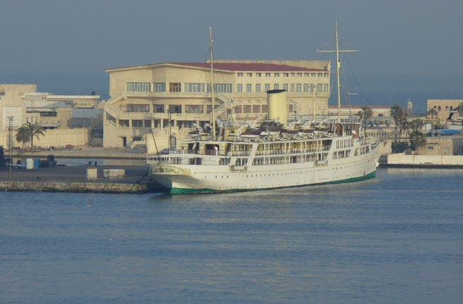 El Horriya - The Egyptian government keeps this historic yacht, launched with the opening ceremony of the Suez Canal1869, it can now host visiting dignitaries. Presidential yacht that lives in Alexandria under care of the Egyptian navy. 50 million Euros.
