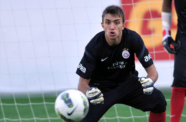 Ace in the hole, or rather finger in the hole: Fernando Muslera of Uruguay is out due to a broken finger and might just be an element in the game that can be exploited by team Nashama.