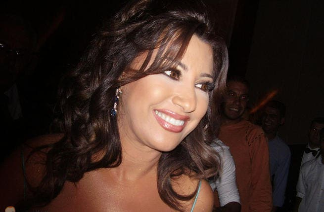 Earlier this year rumors surfaced that, unable to find a man her own age, 46-year-old mega-star Najwa Karam had entered into a secret relationship with a toy-boy 15 years her junior. Najwa was quick to shoot down the cradle-robbing rumors but that didn't stop celeb gossipers branding her a bonafide cougar.