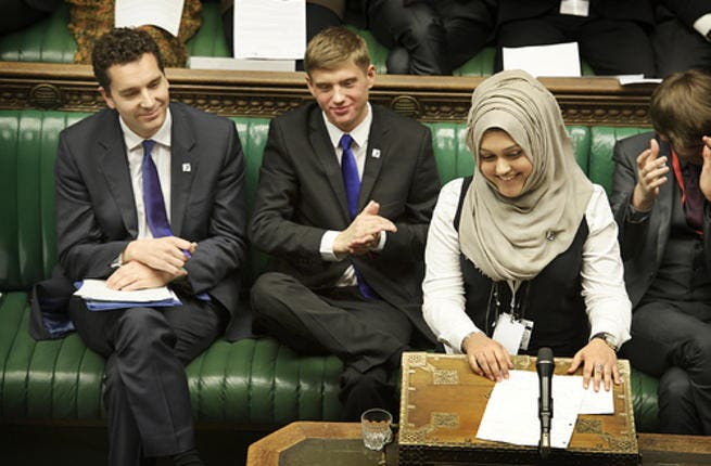 Muslim-pride in parliament: When a Hijabi girl speaks in British parliament, Islam and the famous House of Commons gain a historic moment. Sumaya Karim was the first Muslim in the House of Commons' 700-year-history to appear in the head-covering. Participating in Youth Parliament, she took pains to point out that she donned the veil by choice.