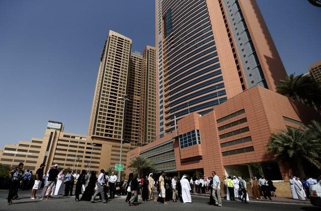 Dubai: Employees in local high-rises felt the shudder from the earthquake so they dashed down in panic-mode from the 21st floor on foot! They did not recognize it was an earthquake till a police car came on the scene and told them what they had been feeling.