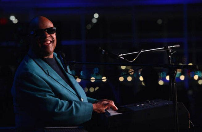 Last year, anti-apartheid peace-lover, Stevie Wonder, was set to use his bluesy tones to raise big bucks for Israel's controversial army. However - with a little help from his fans - the 62-year-old promoter of peace realized he is no 'friend' of the Israeli Defense Forces after all and pulled out of the show.
