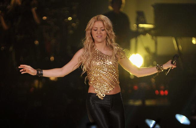 Shakira the Mexican singer has Lebanese heritage, which often show in her belly dancing-esque moves.