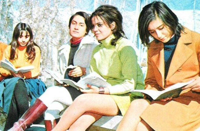 Immodest Iran - Believe it or not, this care-free scene showcasing student-abandon was all too familiar on college campuses prior to the Ayatollah's crackdown. This Tehran snapshot of stylish students from the early 70's, shows girls with plenty of leg on show and not a hijab in sight. Until the Ayatollah had his wicked way, work hard, play hard.