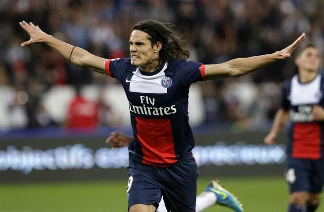 Man Utd ready for sensational Cavani swoop to prepare for possible Rooney exit