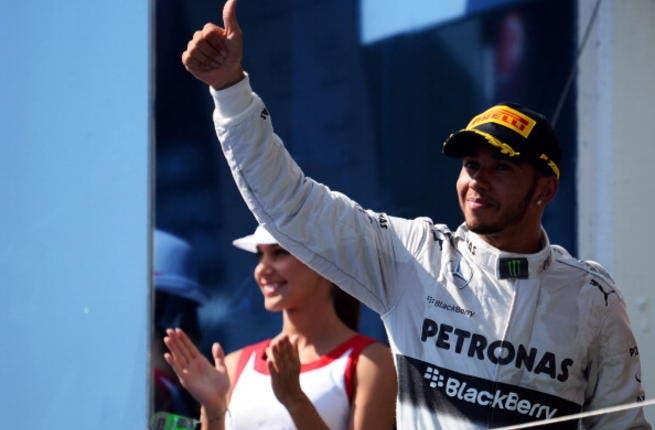 Hamilton wins Chinese Grand Prix