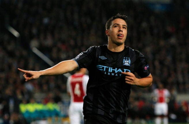 Arsenal fans abuse, manhandle ex-player Nasri