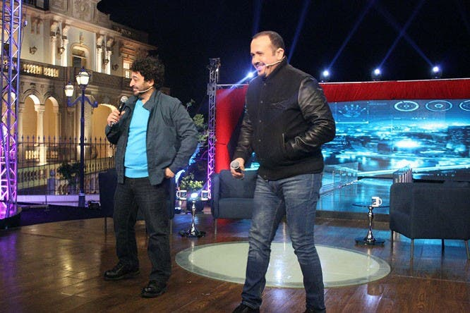 بعد سنوات طويلة هشام عباس وحميد الشاعري يجتمعان في ديو جديد.. هل ينجحان مجددًا؟!